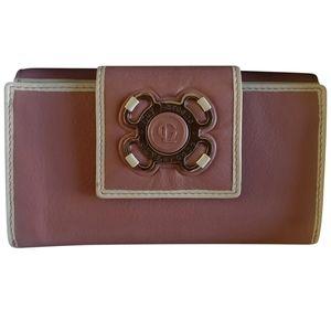 🇨🇦 NWOT Guy Laroche leather wallet